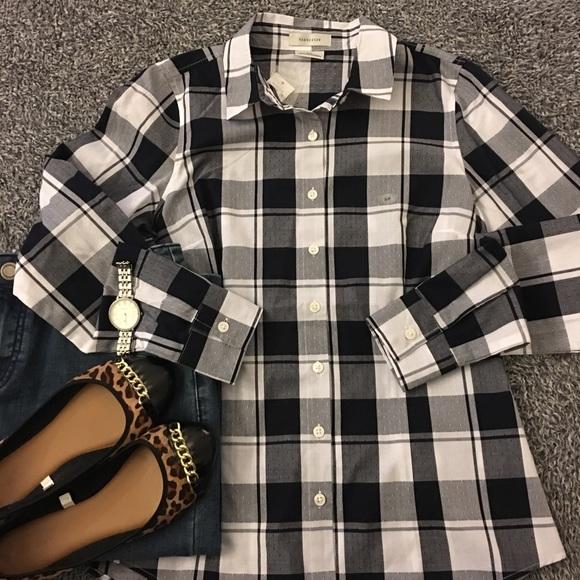 Van Heusen Tops - NWT— Navy & white checked blouse!